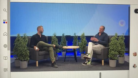 Digital-Jägermeister Felix Jahnen (links) und Johannes Diebig, Salesforce. (Bild: Screenshot Dmexco@home)